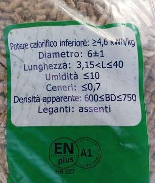 PELETI A1 BUKVA 1170 KG PALETA pak 15 kg (dostupno u Kanfanaru)